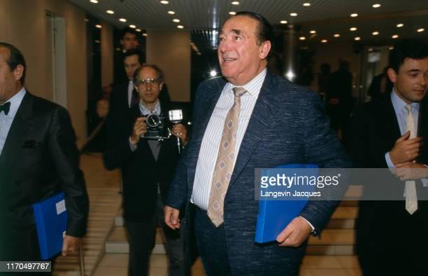 Conseil d'administration de la chaine de télévision française TF1 Arrivée de Robert Maxwell