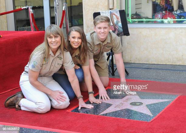 Conservationists/TV personalities Terri Irwin Bindi Irwin and Robert Irwin attend the Steve Irwin Posthumousl Star Ceremony held on The Hollywood...