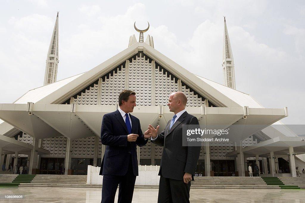 Cameron And Hague : News Photo