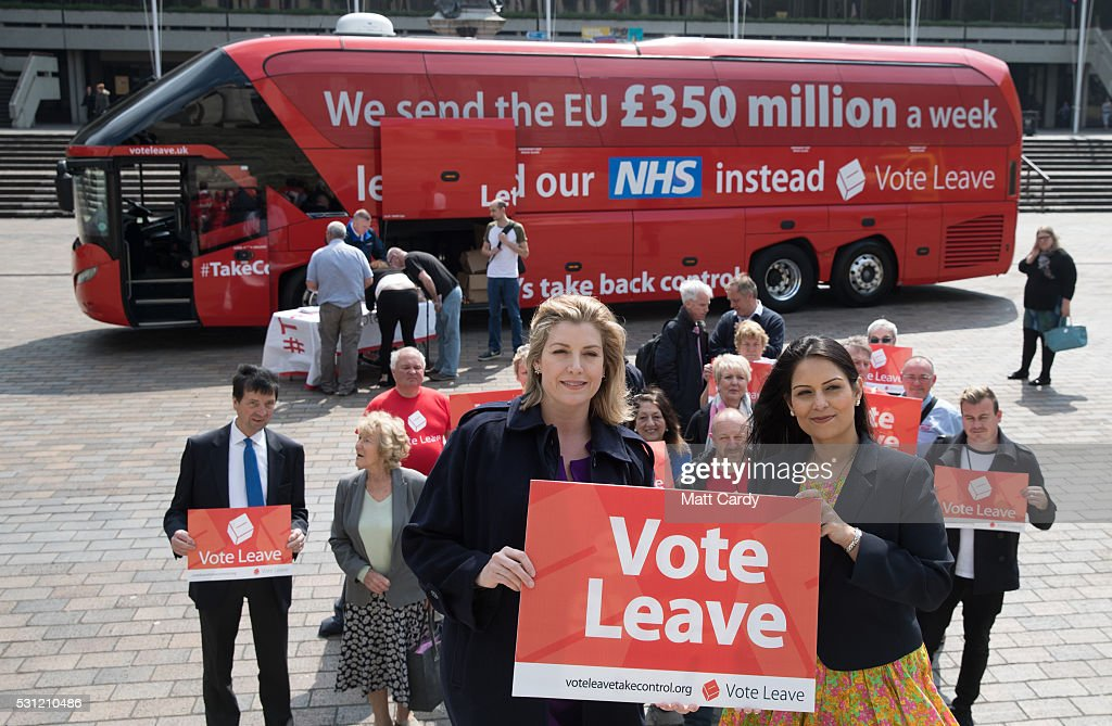 Priti Patel And Penny Mordaunt Take The Vote Leave Battle Bus To The South Coast : Nachrichtenfoto