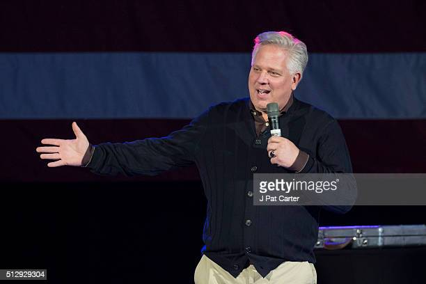 Conservative talk radio host Glenn Beck endorse Republican presidential candidate Ted Cruz before Cruz made a speech to supporters during a campaign...