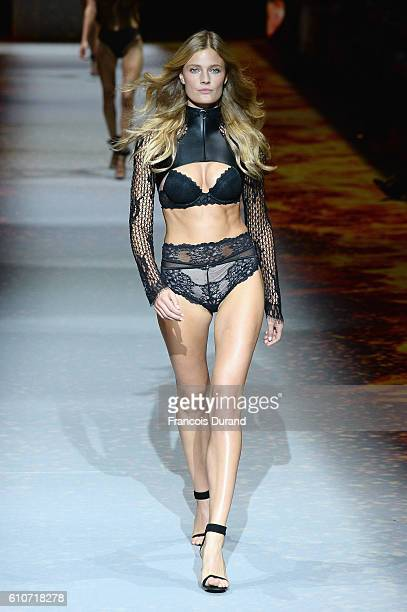 Constance Jablonski walks the runway during the Etam show as part of the Paris Fashion Week Womenswear Spring/Summer 2017 on September 27 2016 in...