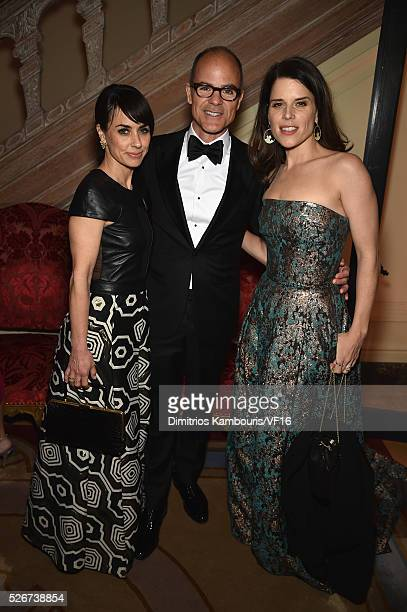 Constance Zimmer Michael Kelly and Neve Campbell attend the Bloomberg Vanity Fair cocktail reception following the 2015 WHCA Dinner at the residence...