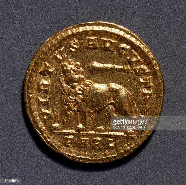 Constantine the Great aureus minted in Arles France Roman coins 4th century AD