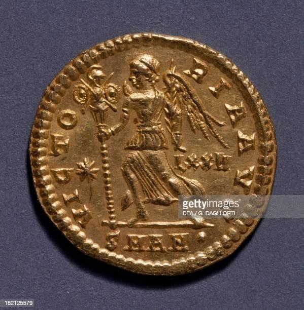 Constantius II aureus 337361 Roman coins 4th century AD