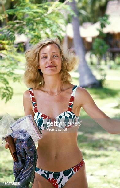 "Constanze Engelbrecht, ZDF-Serie ""Insel;der Träume"", Palmen, Bikini, Urlaub,"