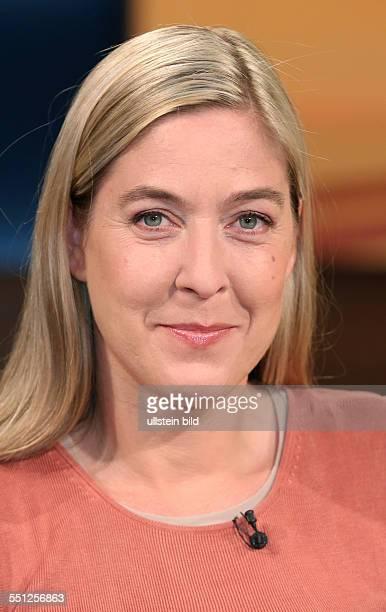 """Constanze Kurz in der ARD-Talkshow """"ANNE WILL"""" am in Berlin Thema der Sendung: Vertrauen ist gut, Spionieren ist besser - Geht so..."""