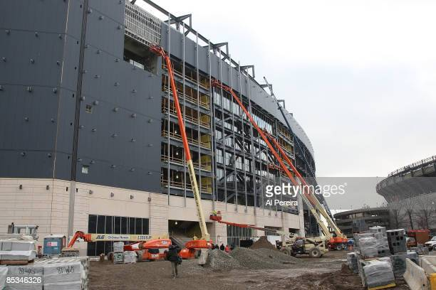 Construction continues on the New Meadowlands Stadium during the Topping Off Ceremony on March 10 2009 in East Rutherford New Jersey The new stadium...