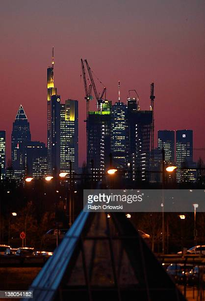 Construction cranes cling to the new central headquarters of the European Central Bank on February 01 2012 in Frankfurt am Main Germany The new ECB...