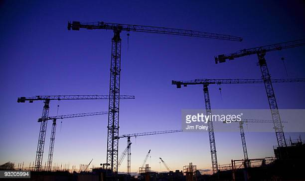 construction cranes, dublin, ireland - crane construction machinery stock pictures, royalty-free photos & images