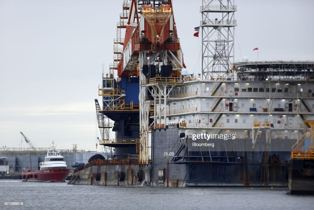 Oil Operations Off The Gulf Of Mexico As Rig Fleet Expands In U.S.