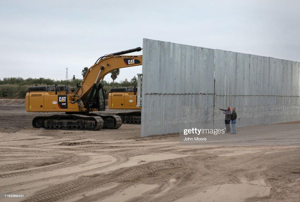 US Border Agents Patrol Rio Grande Valley As Migrant Crossings Drop : Nieuwsfoto's