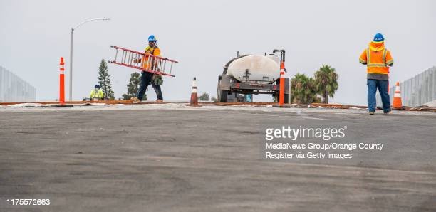 Construction crews continue working on the new Slater Avenue bridge over the 405 freeway in Fountain Valley on Wednesday, August 28, 2019. The bridge...