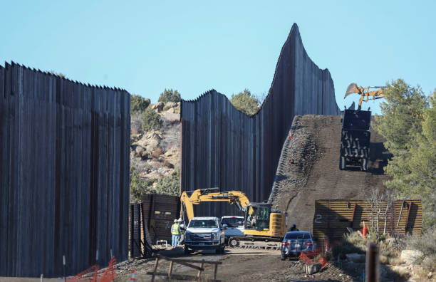 CA: President Trump Rushes To Build More Border Wall As Term Nears Its End