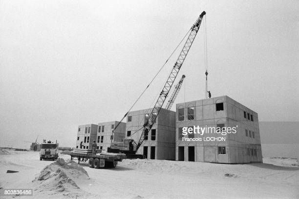 Construction d'une ville nouvelle dans le désert à Jubail en mars 1980 en Arabie Saoudite