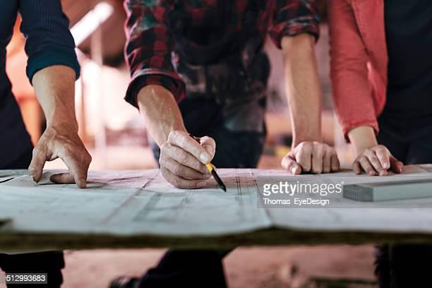 Konstruktion Foreman Schreiben auf Pläne