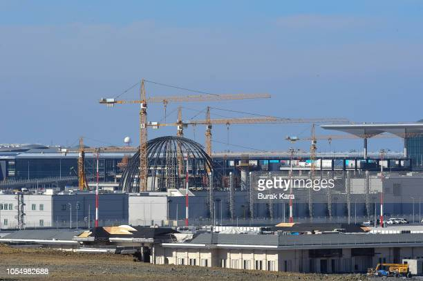 Construction is ongoing during the opening ceremony of the first phase of the Istanbul New Airport on October 29 2018 in Istanbul Turkey New megahubs...
