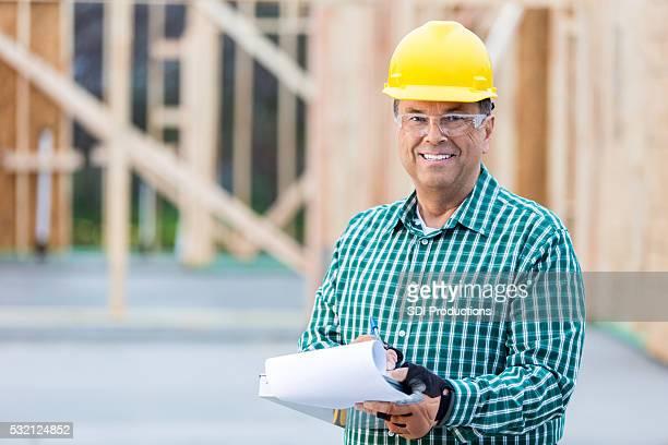 Gerente de construcción en el lugar de trabajo