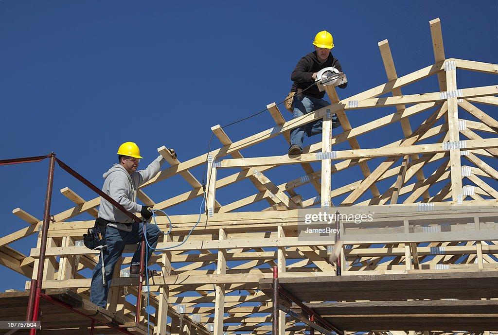 Konstruktion Männer die den neuen Gebäude : Stock-Foto