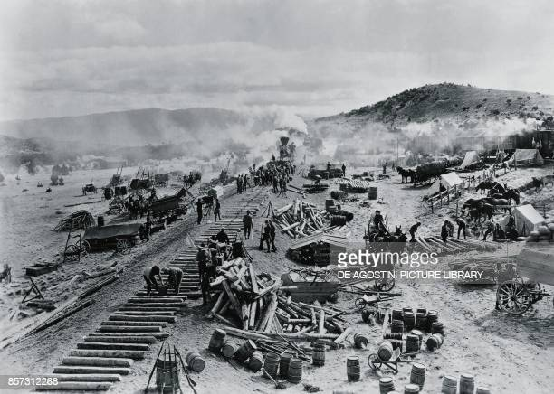 Construction of a railway line in the western territories United States of America 19th century