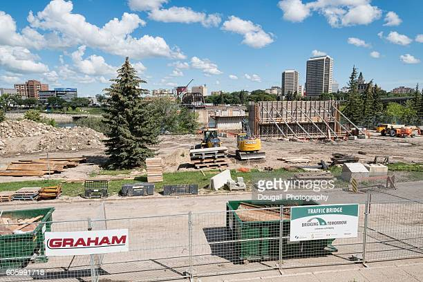 Construction of Saskatoon Traffic Bridge