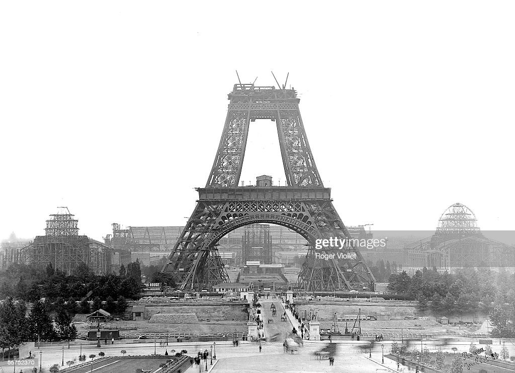 Construction of the Eiffel Tower. Paris, July, 188 : News Photo