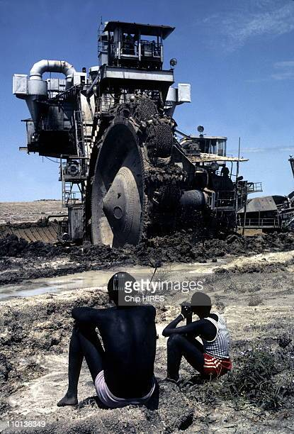 Construction of the Jonglei Canal in Sudan on February 24th,1983.