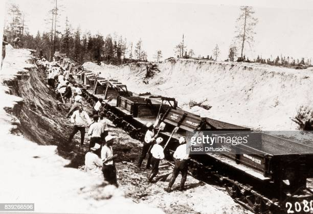 Construction of the White Sea-Baltic Canal . The canal was constructed between 1931 and 1933 by forced labor of Gulag inmates. According to official...