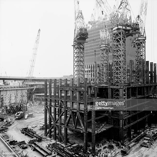 construction of twin towers, world trade center - world trade center manhattan stock pictures, royalty-free photos & images