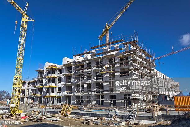 construction - on site - crane construction machinery stock pictures, royalty-free photos & images