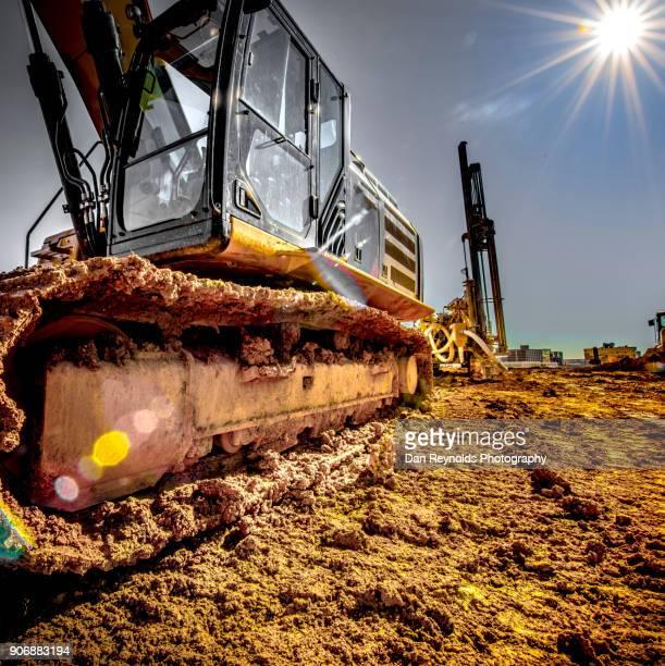 construction - baumaschine stock-fotos und bilder