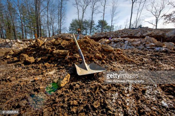 construction - life in the trenches stock pictures, royalty-free photos & images
