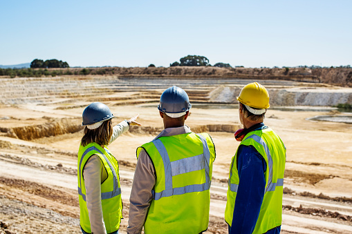 Construction team examining quarry 551349565