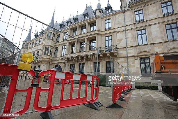 Construction work in front of the Palais Grand-Ducal are seen as Luxembourg prepares for its Royal Wedding, on October 12, 2012 in Luxembourg....