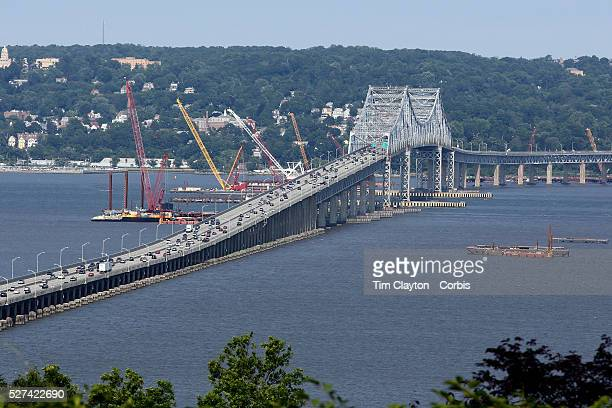 Construction work underway on a new NY Bridge to replace the deteriorating structure of the Tappan Zee Bridge which crosses the Hudson River in the...