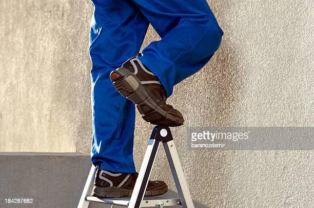 建設作業員にはしご