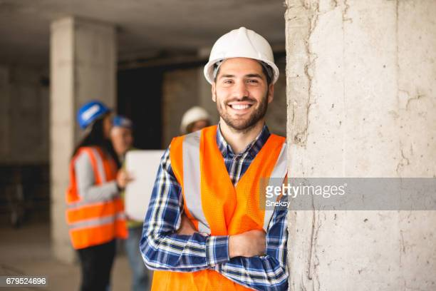 construction worker - building contractor stock pictures, royalty-free photos & images