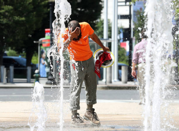 USA: Dangerous Heat Wave Grips Two-Thirds Of The Nation