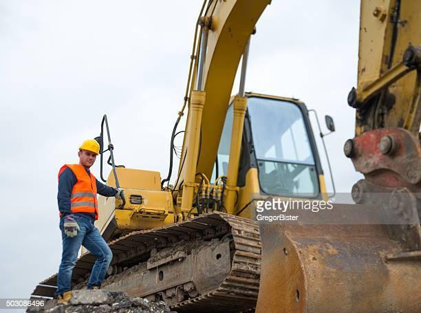 Construction Travailleur avec Pelleteuse