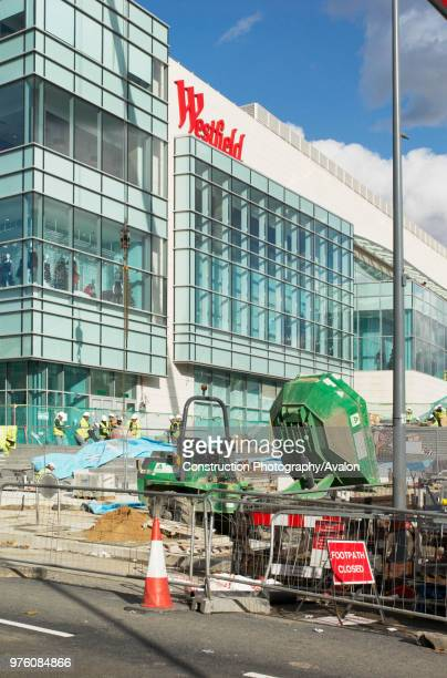 Construction workers at Westfield London Shopping Centre, Shepherds Bush, London UK, 24th October 2008.