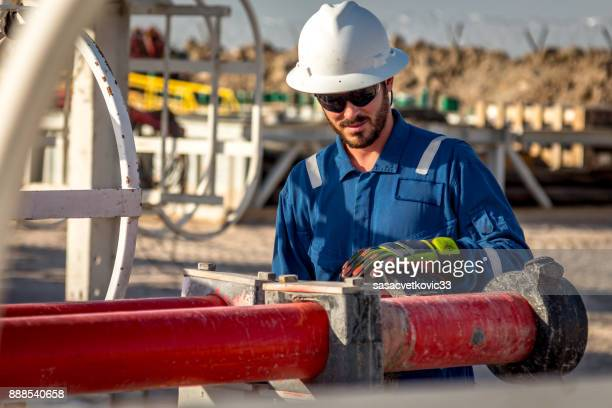 construction worker's portrait - oil worker stock pictures, royalty-free photos & images