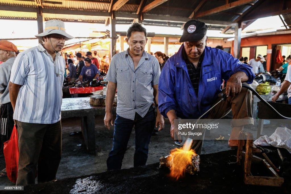 Langowan Traditional Market : Fotografía de noticias