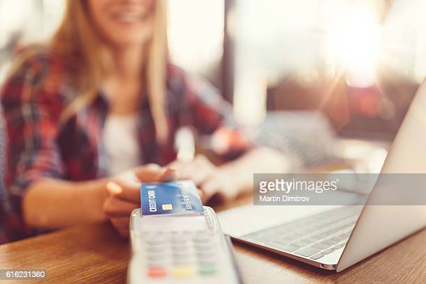 Contactless credit card payment
