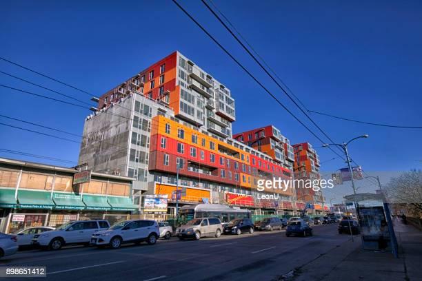 container building,vancouver,canada - east stock pictures, royalty-free photos & images