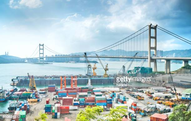 container cargo freight ship terminal in hongkong, china - shipyard stock pictures, royalty-free photos & images