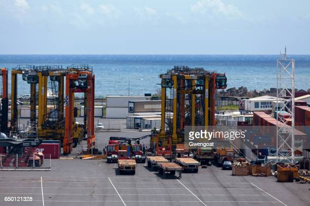 Container loaders in  Port Réunion Est