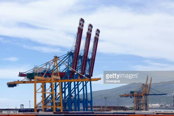 container loaders of the port réunion est - gwengoat stock pictures, royalty-free photos & images
