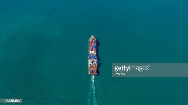 container ship in export and import business logistics and transportation. - globalization economy stock pictures, royalty-free photos & images