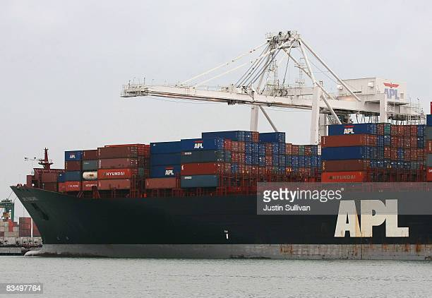 A container ship is docked at the Port of Oakland October 30 2008 in Oakland California The GDP fell 03% as consumer spending hit a 28year low