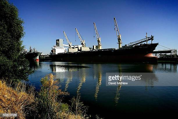 Container ship is docked in the deep canal of an inland port in the Sacramento-San Joaquin River Delta, on September 28, 2005 in Stockton,...